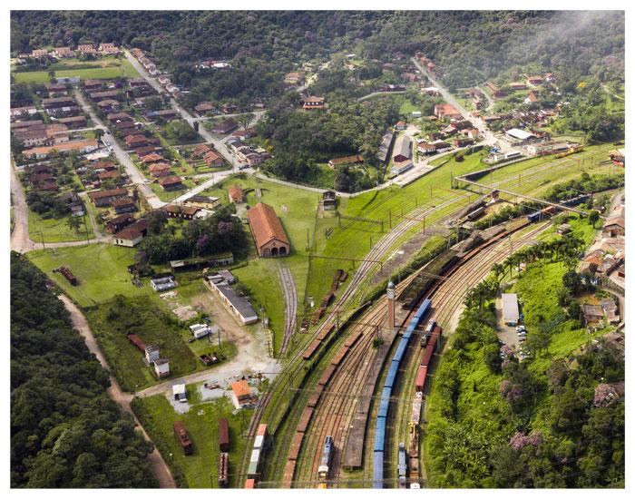 Recuperação de patrimônio em Paranapiacaba