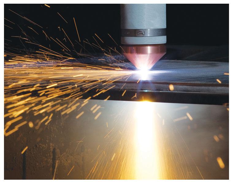 Corte de metais a plasma 3D Hypertherm
