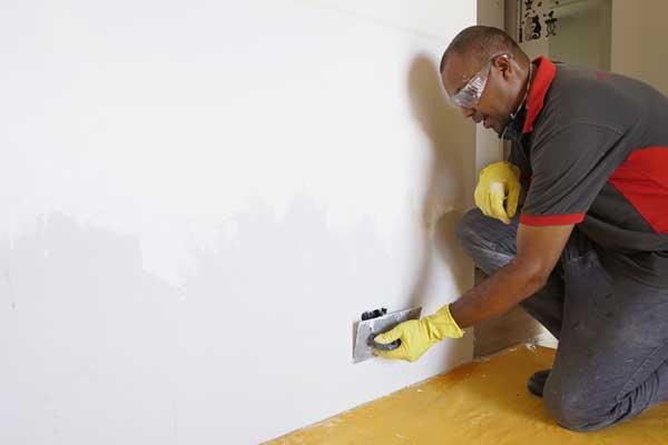 Preparação da parede para a pintura