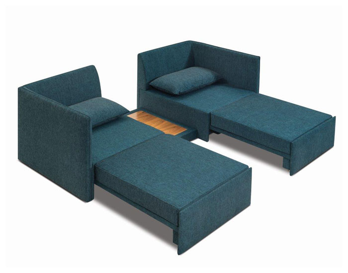 Quatro móveis em um
