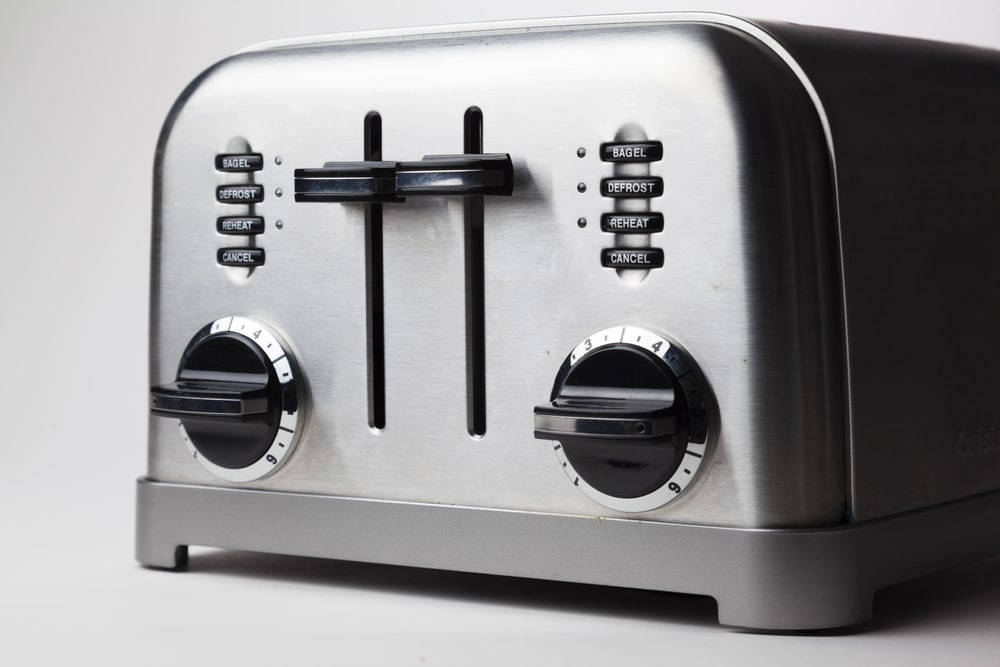An image related to Reviewing Lloytron Stainless Steel Toasters