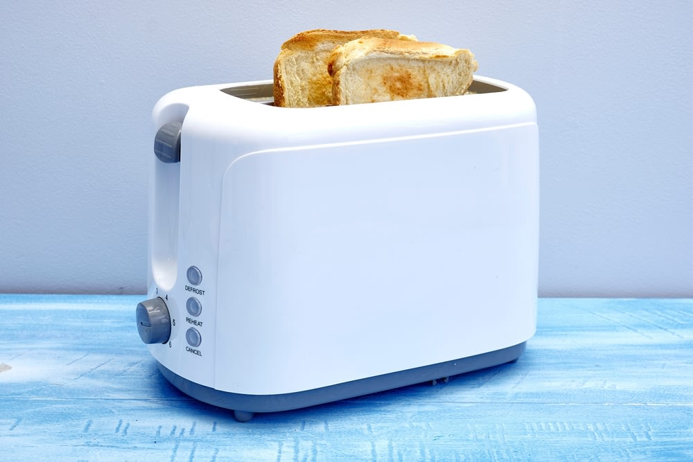 An image related to Best Brentwood Cool Touch Toasters