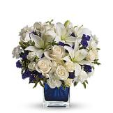 Sapphire Skies Bouquet (Deluxe)