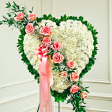 Solid White Standing Heart With Pink Rose Break