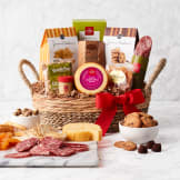 Hickory Farms Savory and Sweet Snacker Gift Basket