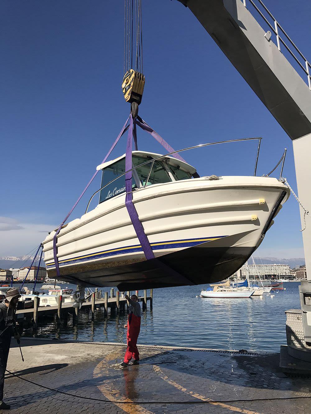 Bateaux dans le port de Genève
