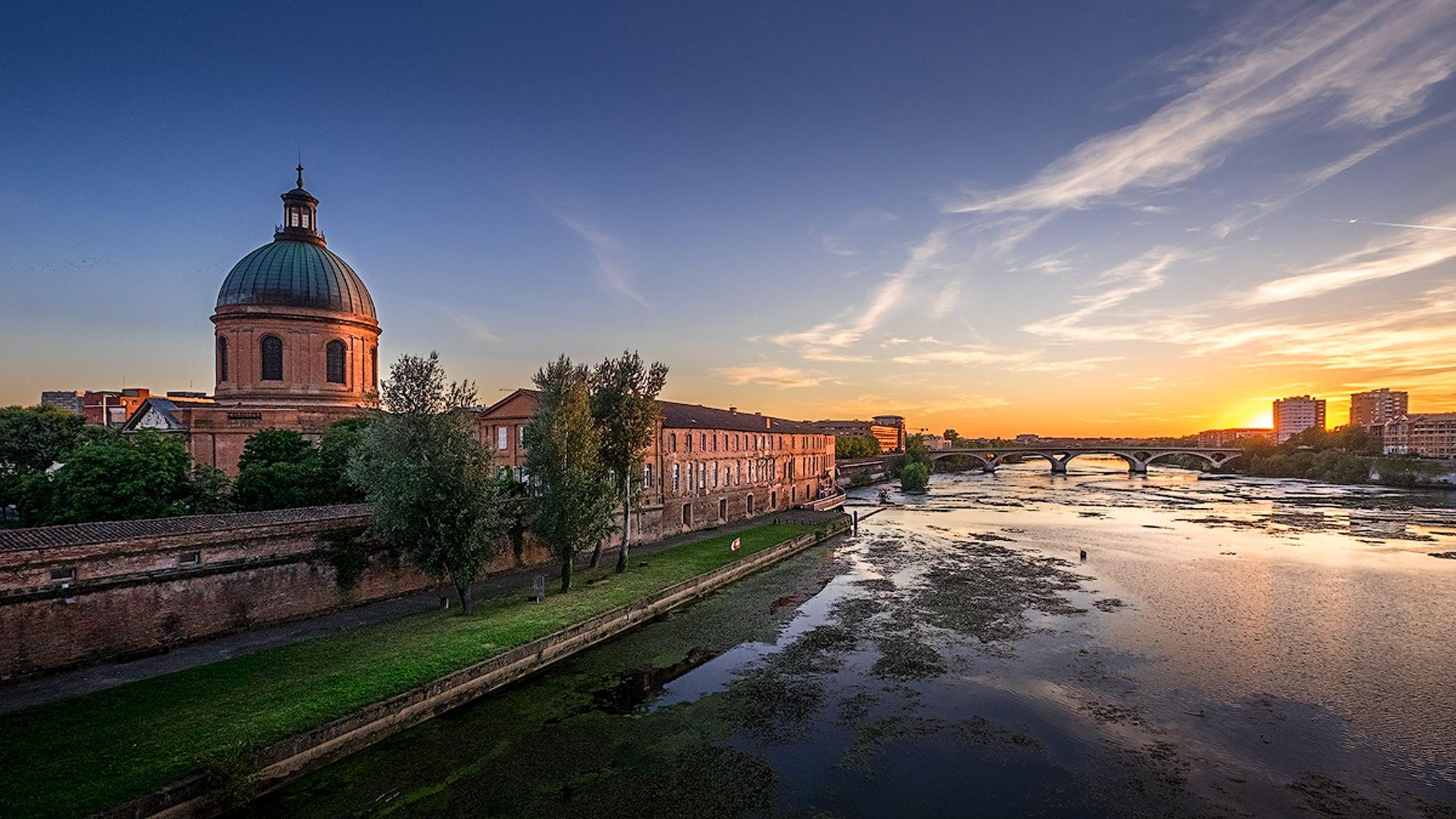Le coucher de soleil sur la Garonne à Toulouse