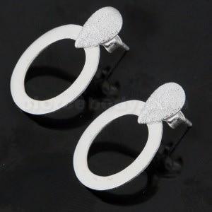 Tear Drop Diamond Dot on Oval Cut Ear Stud Ear Ring