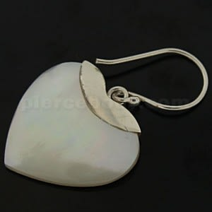 925 Sterling Silver Shell Heart Pearl Ear Ring