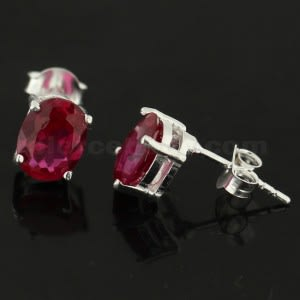 925 Sterling Silver Single Jeweled Fancy Ear Stud