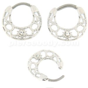 Center Cubic Zirconia Septum Round Clicker Piercing