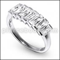 CZ Begets Studded Fashion And Stylish Silver Ring