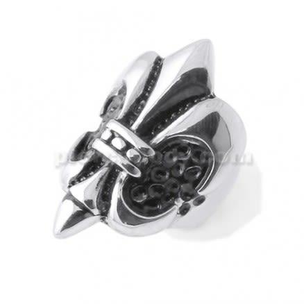 Embossed Fleur de lis Finger Ring
