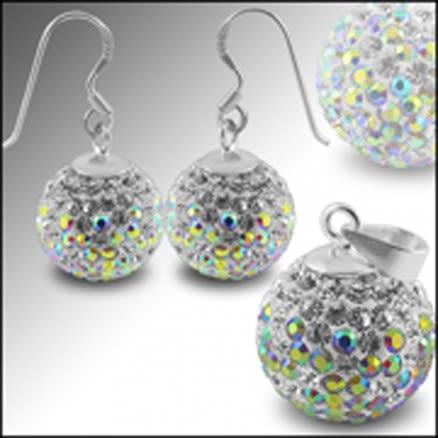 White Crystal stone Studded Earring Pendant Silver jewlery Set