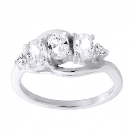 Fashionable Finger Ring for Women 925 Sterling Silver with CZ Stone