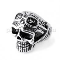 Pilot Skull finger ring