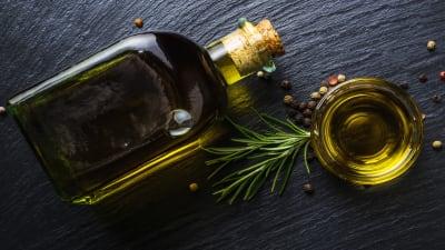 Bild zu So erkennen Sie gesunde Öle