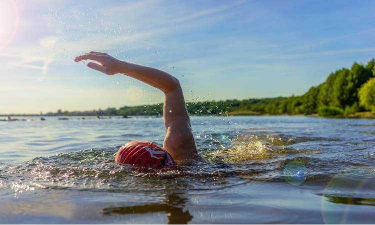 Schwimm dich glücklich! | Gesundheit Sport Freizeit Sommer See schwimmen