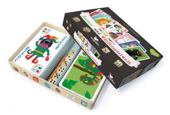 Innenansicht2 offene Schachtel mit farbig illustrierten Karten und Zubehör