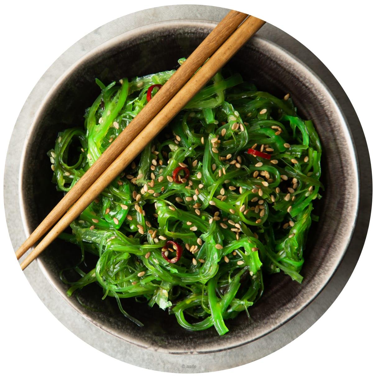 Gericht aus Algen