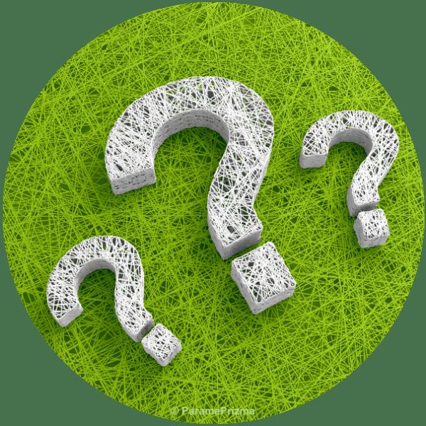 Fragezeichen auf grünem Hintergrund