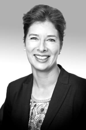 Dr. Julia Gelbert