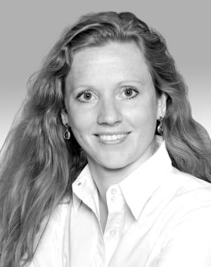 Dr. Lisa Feuerhake