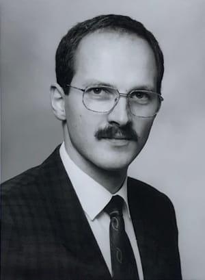 Dr. Martin Schmissas