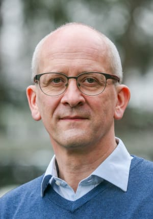 Dr. Andreas Pastari