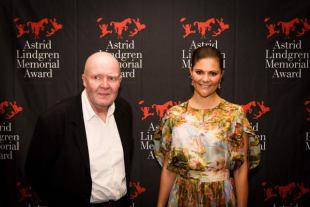 Wolf Erlbruch erhielt den ALMA-Award
