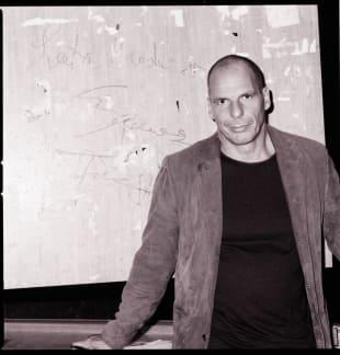 """Yanis Varoufakis' """"Die ganze Geschichte"""" erschienen"""