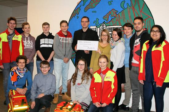 Behr's Verlag macht sich für Schulsanitäter an der Gemeinschaftsschule Reinbek stark.