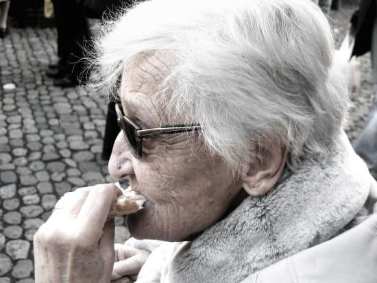 Ernährung und Demenz: mehr Forschung nötig