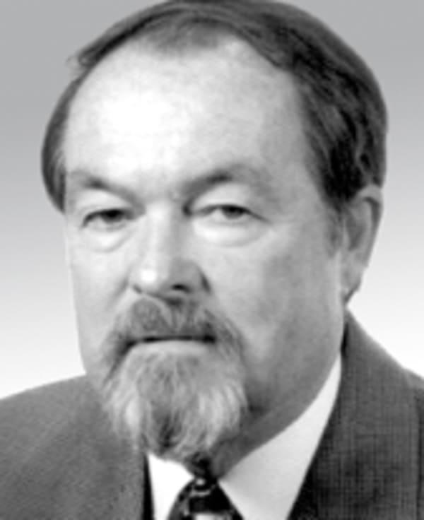 Dr. Gerhard Hauser
