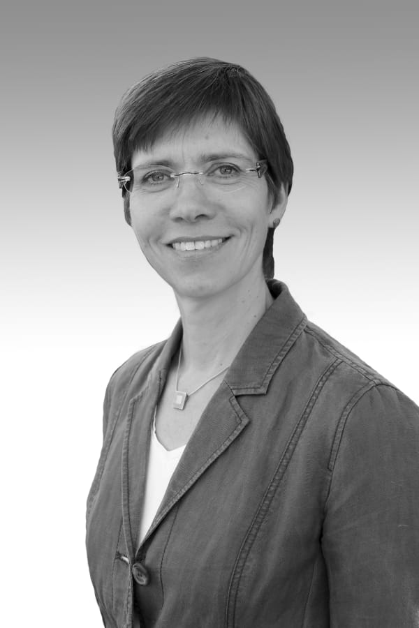Dr. Kirsten Schneehagen