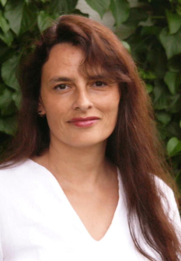 Dr. Mona Schütz