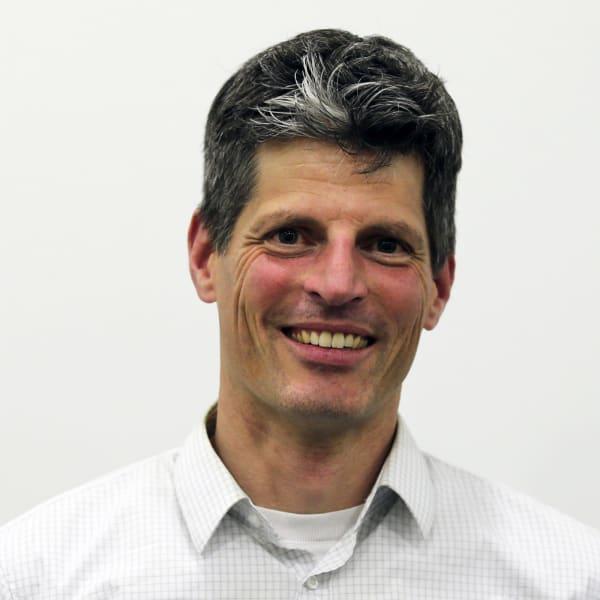 Dr. Stefan Irmler