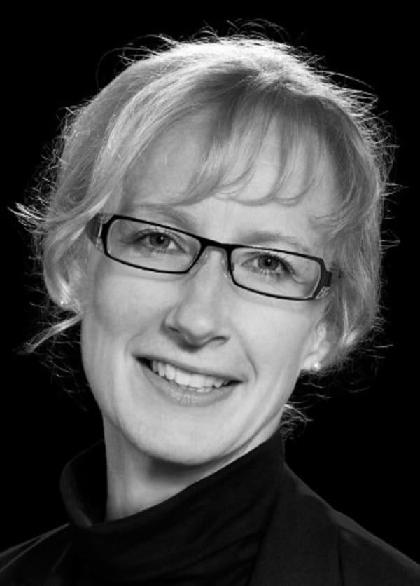 Dr. Elke Jaspers