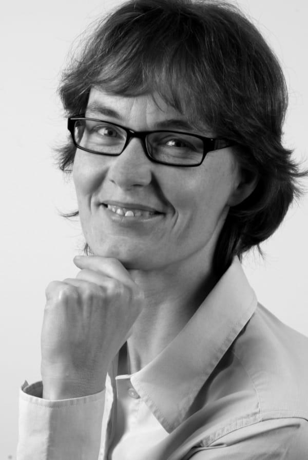 Dr. Birgit Kampf