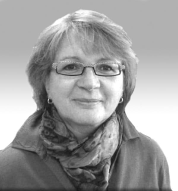 Dr. Sabine Pluskat