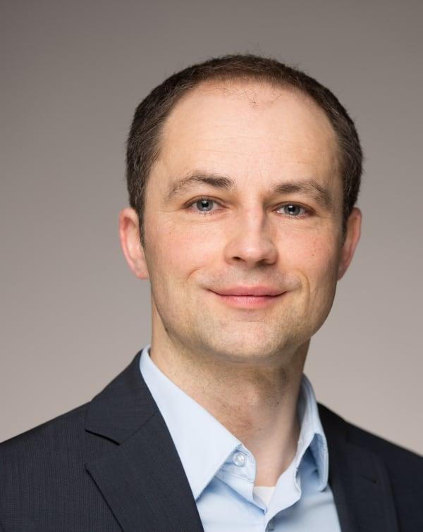 Dr. Bernhard Fellenberg
