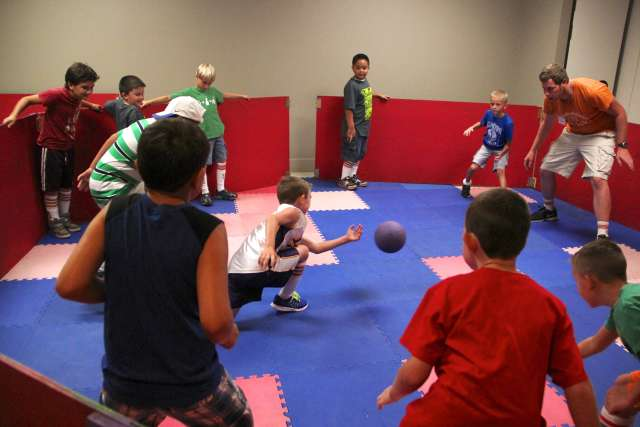 13BCD08-6-_025_octoball_hngwi7.jpg
