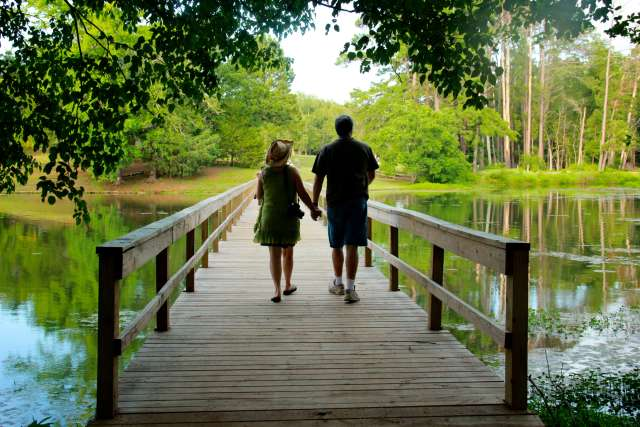 woods-couple-lake-12W07-02-3056_lbl0gq.jpg