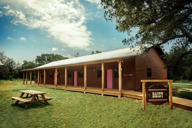 Silverado%2FOvernightCamp-Silverado-Facilities-Cabin-Exterior