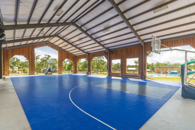 Silverado%2FOvernightCamp-Silverado-Facilities-SportCourt-Interior