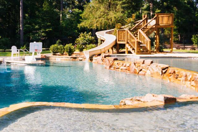 Woods%2Ffamilycamp-woods-facilities-pool-tall.jpg