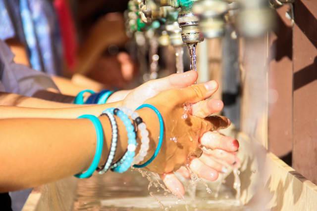 medical-safety-handwash-15Ti08-02-969_df9z1l