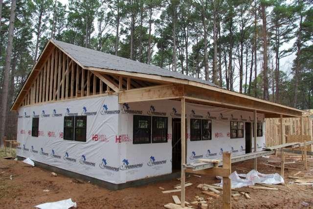 Ranch-construction-building