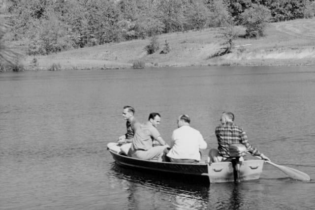 4-men-boat-history