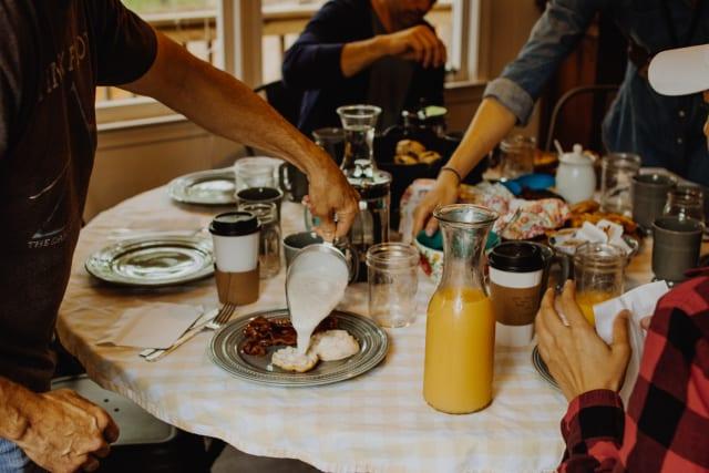 insidethecove%2FCP_breakfast_gravy
